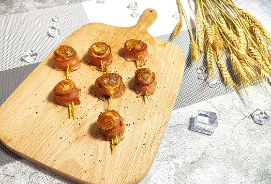 如果你想知道什么是杏鲍菇培根卷的话,我现在就带你去研究!